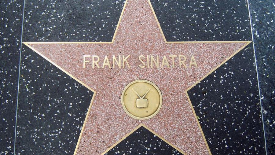 Foto af Frank Sinatras flise -udsnit af stjerne- på Hollywood walk of fame